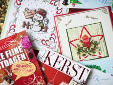 Simone wil alle eenzame ouderen in Dordrecht een kerstkaartje sturen