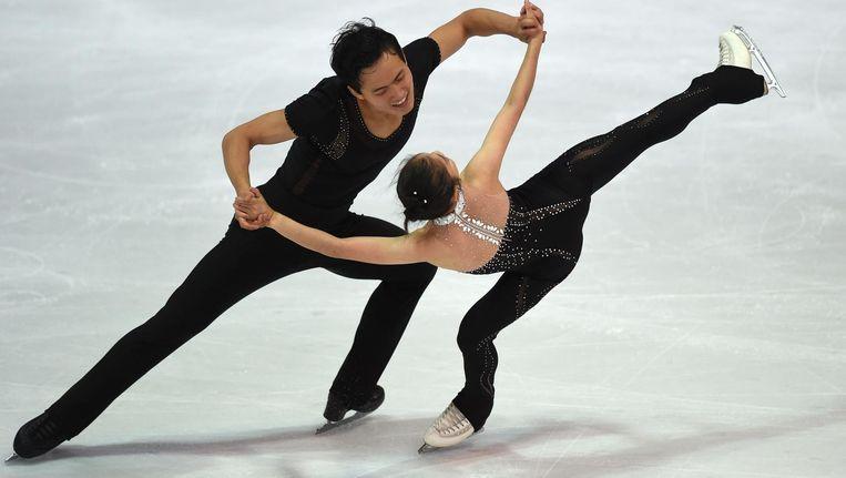 In de eerste ronde donderdag schaatsten de Noord-Koreanen op het nummer 'A Day in the Life' van The Beatles, vrijdag in de finaleronde schaatsten ze op 'Je suis qu'une chanson' van Ginette Reno. Beeld afp