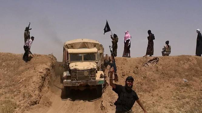 Politie pakt paspoort 10 leden 'jihadgezinnen' af