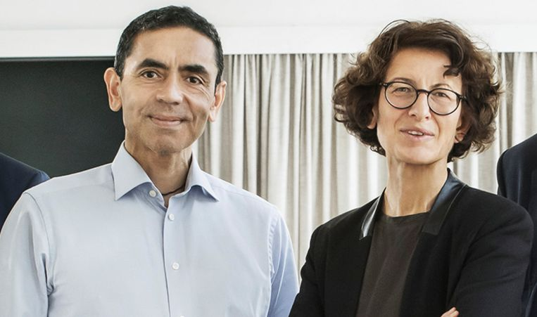 BioNTech-oprichters Ugur Sahin en Özlem Türeci. Beeld biontech