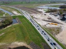 Verkeer in Flevoland opnieuw muurvast door afgesloten A6