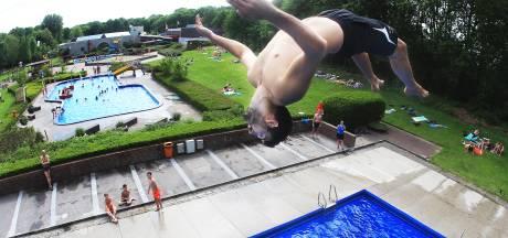 Wethouder praat alsnog met zwemclub De Devel over kosten en horeca nieuw zwembad
