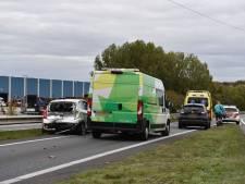Drie auto's betrokken bij ongeluk op N36 bij Wierden, vrouw gewond