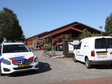 Drugslab aangetroffen in manege in Vorstenbosch, politie doet inval en houdt zes mensen aan