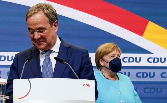 Armin Laschet (CDU), qui a repris les rênes du parti, et Angela Merkel