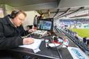 Mark van Rijswijk aan het werk in het stadion van PEC Zwolle, toen dat nog kon en mocht.
