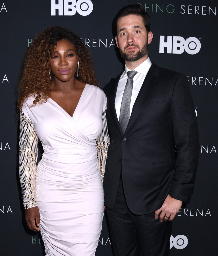 Op de première van HBO-documentaire 'Being Serena' in New York met haar partner Alexis Ohanian.