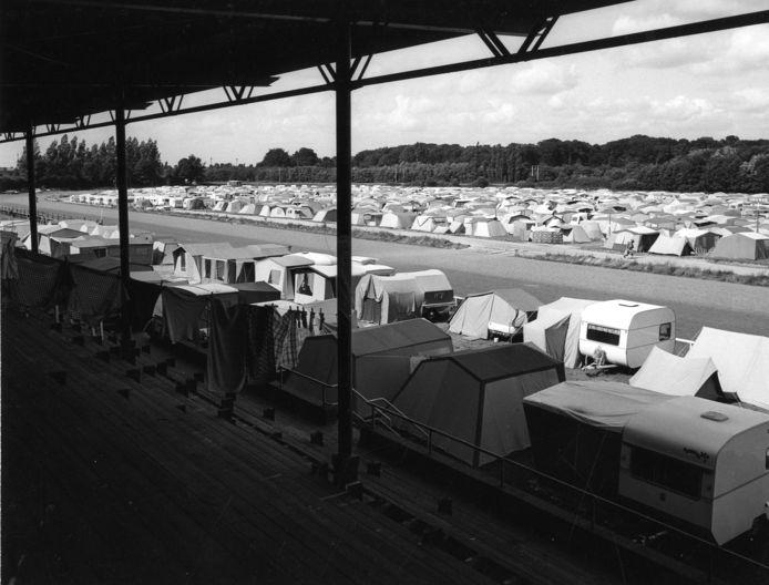 De Watch Tower Camping voor Jehovah's Getuigen, op de voormalige renbaan Mereveld .