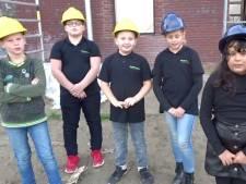 Thoolse leerlingen vloggen over bouw Brede School: 'Straks hebben we onze eigen kabelbaan'