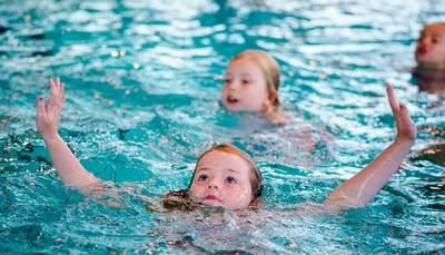 Definitief geen zondagse zwemlessen in christelijk rivierdorp Hardinxveld, beslist wethouder