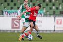 Lance Duijvestijn schoot tegen Jong PSV nog twee keer met scherp, maar ook hij kon tegen FC Dordrecht zijn stempel niet drukken.