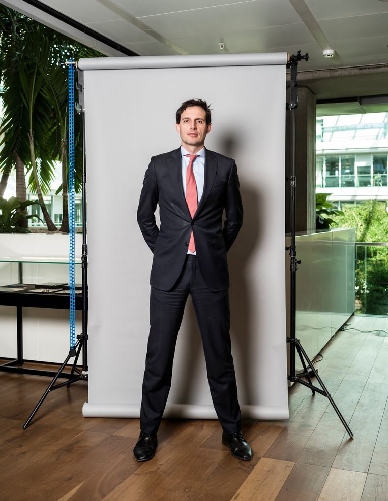 'In essentie probeert iedereen hetzelfde te doen: namelijk burgers en bedrijven door deze zeer zware fase heen helpen.'   Beeld Jiri Büller / De Volkskrant