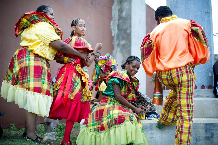 Jaarlijks viert men carnaval in Curaçao met meerdere optochten. Beeld Bart Mühl