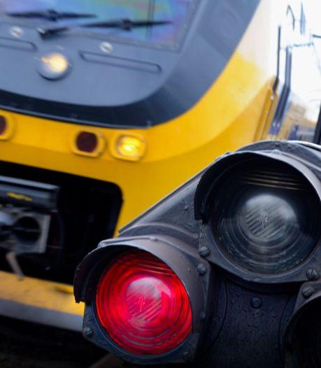 Urenlange zoekactie voorbij: zwaar dementerende man (72) pakt in Zutphen de trein naar Apeldoorn