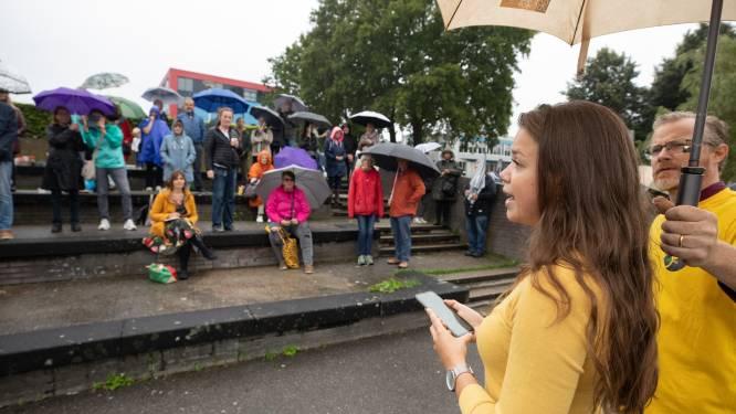 Bijeenkomst corona-ontkenners Amersfoort: 'Wie kind naar school stuurt, stemt feitelijk in met vaccinatie'
