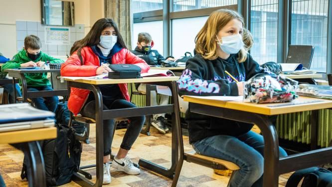 LIVE. Krokusvakantie wellicht met week verlengd - Vlaanderen krijgt volgende week 42 procent minder Pfizer-vaccins