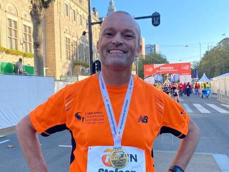 Stefaan loopt marathon ondanks ziekte van Huntington: 'We hebben gejankt toen hij er was'
