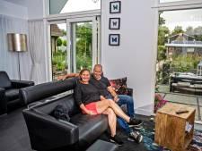 Eveline (54) en Hans (58) lieten droomhuis bouwen in Puttershoek: 'Gevoel van vrijheid is onbetaalbaar'