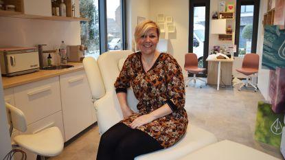 Specialiste opent schoonheidssalon 'Beauty in the Box' in voortuin