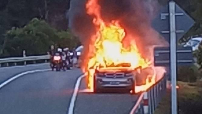 """""""Welkom bij de elektrische revolutie"""": e-BMW schiet in brand"""