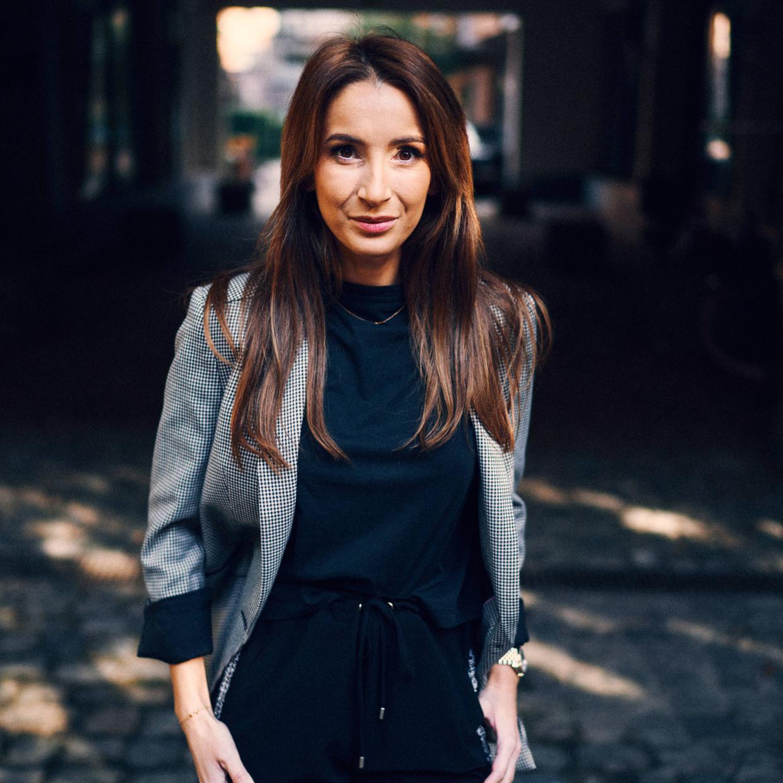 Stéphanie Ouachan: 'Ik ben naar Roemenië getrokken omdat een universiteit er onze programmeertaal onderwijst en ik er de juiste profielen vind.' Beeld Thomas Sweertvaegher