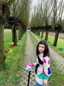 Julia Trevisan met de strandbloemen in Knokke.