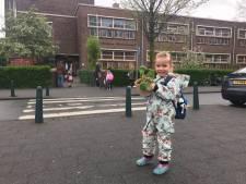 Vierjarige Rosa heeft eindelijk eerste schooldag nadat moeder Judith is gevaccineerd