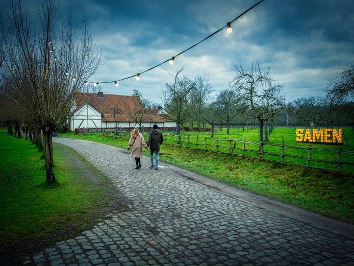 Maak een romantische wandeling in het gratis wandelpark van Bokrijk.
