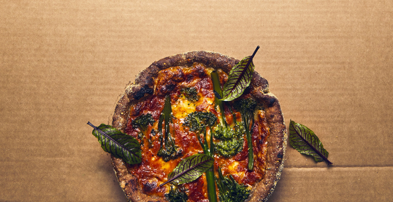 Een zonnige 'Chicago'-pizza. Beeld Oof Verschuren