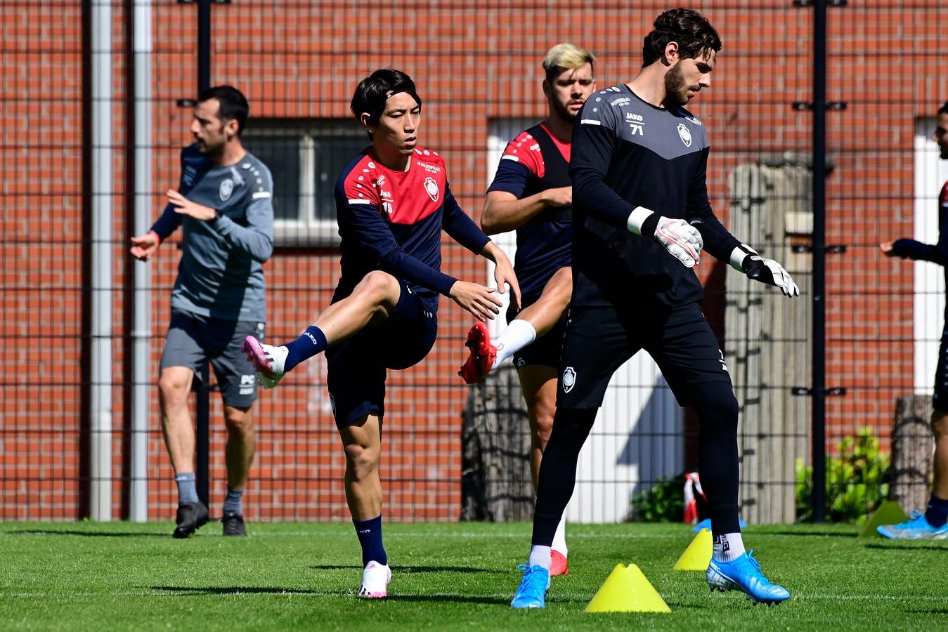 Antwerp op training.