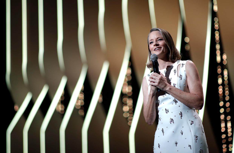 Jodie Foster tijdens de openingsceremonie van het filmfestival in Cannes.  Beeld EPA