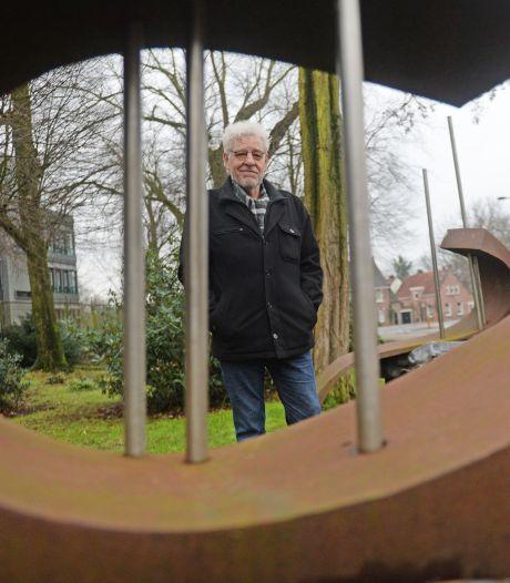 Kunstwerk 'Held op Sokkels' spoorloos. Kunstenaar Ben Schildkamp is diep teleurgesteld: 'Zelfs de bouten zijn weg'
