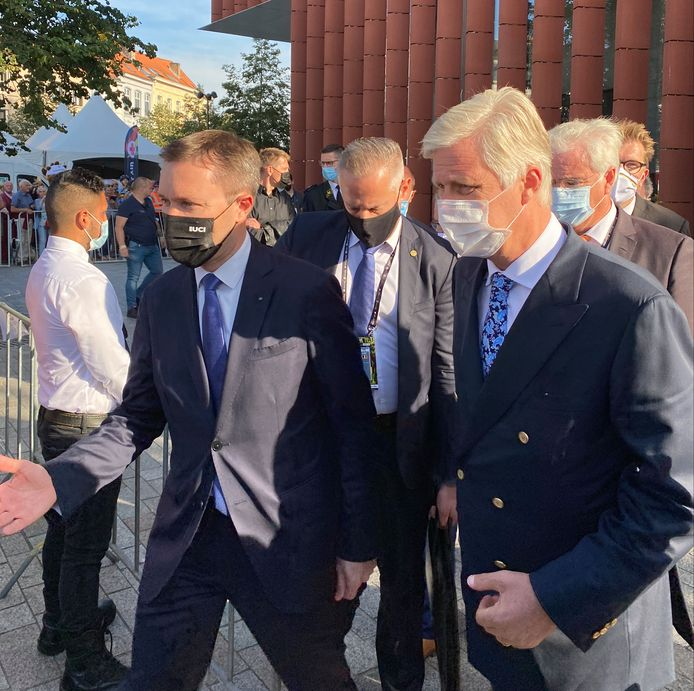 Koning Filip met UCI-voorzitter David Lappartient.