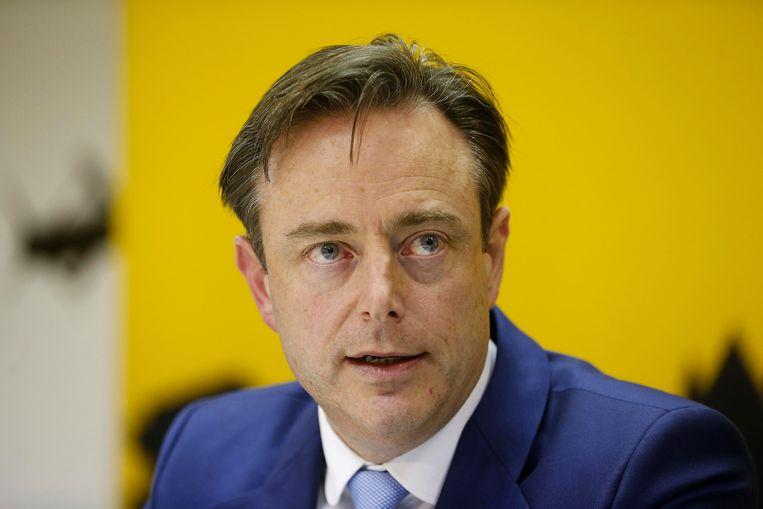 Bart De Wever zegt te willen scherpstellen op identiteit: 'Hoe willen we samenleven, op basis  van welke normen en waarden? En hoe verzoen je dat met massale migratie?' Beeld BELGA