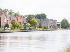 82 kanaalbewoners willen dat Twenterand handhaaft in 'rampgebied': 'Dwangsom als Overijssel weigert'
