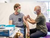 Vaccinatielijn overbelast: veel mensen willen tweede prikafspraak vervroegen