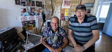 Polderpop tóch terug op de radio: 'Wij maken fluitradio'