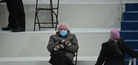 Van Bernie Sanders' wanten tot slapende Clinton: over deze inauguratiebeelden raakt Amerika niet uitgepraat