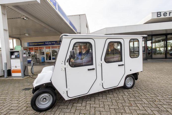 De Electrocar Eibergen rijdt vanaf 2 januari  in het dorp. De laagdrempelige vervoersdienst is bedoeld voor ouderen, mensen met een verstandelijke beperking en mensen die tijdelijke slecht ter been zijn.