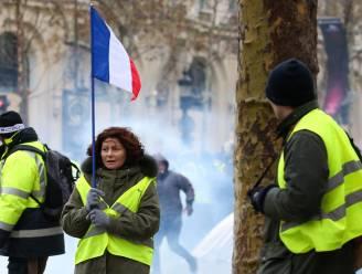 Miljoen euro voor handelaars in Parijs die schade ondervonden door protest 'gele hesjes' en bonus voor ordehandhavers