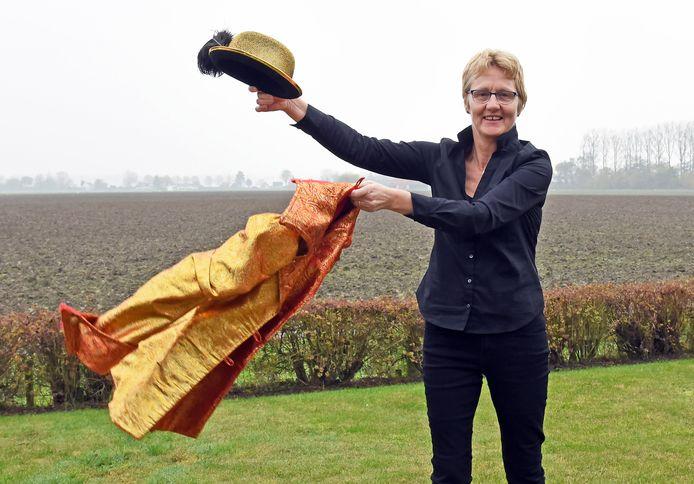 Greetje van Driessche is na 25 jaar niet langer carnavalsprinses Margaretha, de 'miss van De Snis'.