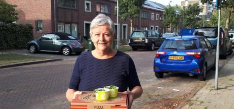 Woningcorporatie trakteert op pizza's: 'Het was niet  niks wat ze moesten doormaken'