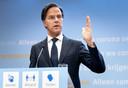 Demissionair premier Mark Rutte zal vanavond de tweede stap van het openingsplan aankondigen: vanaf 19 mei wordt meer mogelijk, mits de ziekenhuisbezetting blijft dalen.