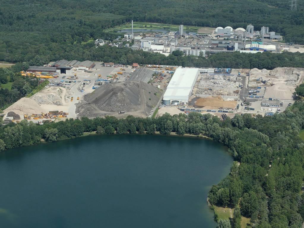 Niet de asfaltberg maar de verwerkingsfabriek van Jansen BV is onderwerp van een vonnis van de Bossche rehtbank. Eerder was de opslag in opspraak.