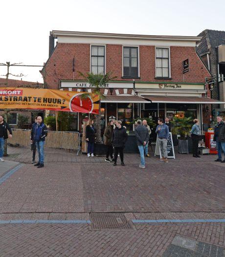 Ondernemers in Haaksbergen deinzen terug; winkels niet open 'We hadden een keiharde actie in petto'