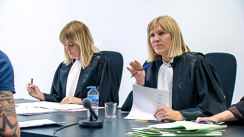 Schreurs' laatste maanden als politierechter in Aalst zijn vanavond te zien in 'Alloo in de politierechtbank' op VTM. Beeld VTM