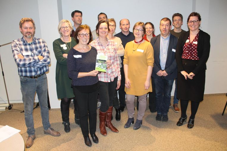 Leveranciers van hoeveproducten uit de verschillende Vlaamse regio's rond Brussel verzamelden in het Proefcentrum Pamel voor de voorstelling van het project.