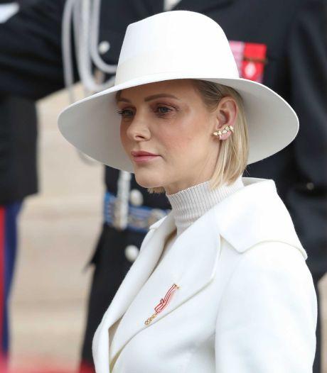 Prinses Charlène vier uur lang onder het mes voor oor-, neus- en keelinfectie