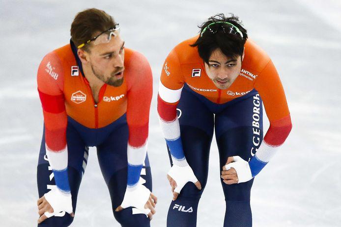 Kjeld Nuis (l) en Kai Verbij wisselen van werkgever. De stoelendans in de schaatssport doet denken aan de rivaliteit in 2000 tussen teams SpaarSelect en DSB.