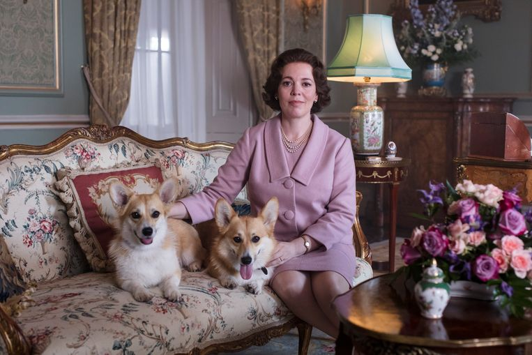 Olivia Colman als The Queen. Beeld Netflix